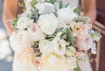 Bouquets, Boutonieres and Blooms / Bouquets and Boutonnieres