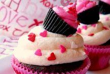 Valentine's xoxo / Xoxo day! ideas and crafts! / by Jennifer Broome
