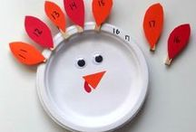 Thanksgiving Games / Looking for activities besides eating on Thanksgiving?  Check out these Thanksgiving games, Thanksgiving activities, and ideas.  Make this Thanksgiving memorable for your kids and family by playing together.  Game on!