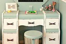 P A I N T E D  F U R N I T U R E / DIY Painted Furniture Ideas / by Hipsy Gypsy
