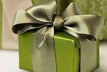 Pretty Packages / Pretty ways to wrap gifts and packages.