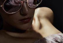 TOM FORD'S SUNGLASSES / Extravagant, with the desire to express something new and different. These are the characteristics of the Tom Ford eyewear collection, that expresses the glamourous style that the American fashion-stylist has been known for. Sex appeal combined with a daring and elegant attitude.