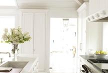 Kitchens / by Lauren Fasolo