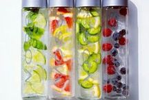 Artesian Water Infuser / Fruit infused water using a Voss bottle