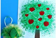 All Things Apples / All kind of ideas all about Apples! Apple crafts, apple recipes, apple printable, apple sensory bins, and other apple learning ideas!