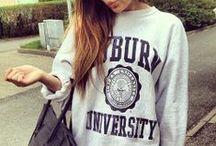 Sweatshirts / Vintage & College
