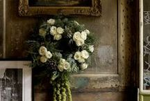 d e c o r: Vignettes : mantels / Displays and details of special points of interest in the home