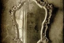 antiquities: the lOOking glass / Mirrors and more mirrors