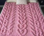 Knitting and crochet afghans and blankets,,,,monochromatic /  ☆