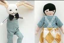 14. dolls & teddies / collection of interesting softies, dolls, teddies, primitives