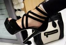 Shoes + Jewellery = Heaven / by Kyra Duffy