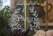 ♪ mon pays, c'est Paris  ♫