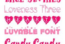 Fonts & Freebies / Free fonts, backgrounds & more!