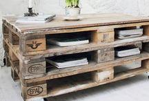 DIY :: palette furniture / For more inspiration visit | www.naturalmoderninteriors.blogspot.com