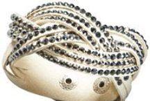 Bijoux / Tons of accessories