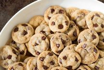 Cookies / by D'Lonna Steiner