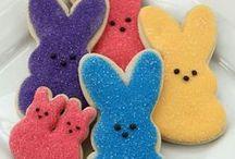 Easter & Spring / Week-old peeps steal my heart.