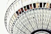 BERLIN REISETIPPS UND INSPIRATIONEN / Berlin ist nicht nur die Heimatstadt von Lilies Diary sondern auch laut, bunt und ein bisschen verrückt. Die besten Insidertipps für Berlin bekommt ihr also bei uns! Kreuzberg, Prenzlauer Berg, Städtereise, Hauptstadt, Wedding, Charlottenburg, Coffee, Sightseeing, City Trip, Fernsehturm, Spree, Badeschiff, Neukölln, Tempelhofer Feld, Kurfürstendamm.