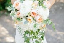 It's Happening People!  / Wedding ideas / by Janelle Thomas