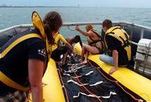 Oefeningen / Alle 1.300 KNRM vrijwilligers oefenen minimaal 1x per week in alle soorten omstandigheden, / by KNRM Sea Rescue