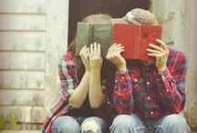 couples   writing romance / Writing inspiration - romance!   Romance writers   Worldbuilding   Cute couples   Sweet lovers   Romantic scenes   Snuggles   Kisses & hugs