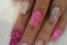 artsy nails / by Jackie Hammond