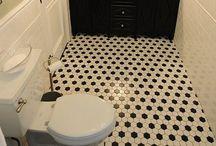 Bathroom / by RoseAne DeCoeur