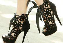 Shoe Porn / Shoes shoes shoes / by Chrissy de Blois