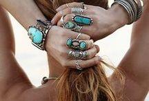 • fashion • accessories •