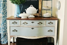 Furniture Painting, Chalk Paint, Etc.  / by Lynda Cormier