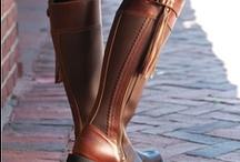 Saddles n Stuff / by Christie Padova
