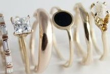 Jewellery / by Emma van Lint