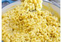 Vegan Macaroni & Cheese Recipes / Vegan Macaroni and cheese recipe, healthy vegan macaroni and cheese, healthy macaroni and cheese, gluten-free macaroni and cheese recipe, dairy-free macaroni and cheese.
