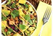 Vegan Bowl Recipes / Vegan bowl recipes, vegan buddha bowls, vegan dinner bowl recipe, vegan breakfast bowl recipe, healthy bowl recipe, meal prep bowl recipe.