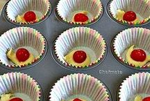 Cake, Cake Pops, Cupcakes