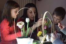Copii,zambete si flori