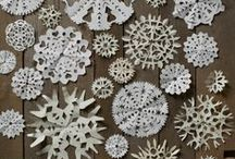 DIY - Christmas decorations / by Marjolaine Bourget