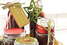 Christmas / Inexpensive Christmas gifts, Christmas decor and ideas, and Christmas desserts and food.