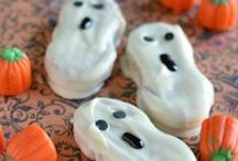 Halloween / Halloween costumes, decorations, food and treats, activities, ideas and games.