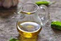 Oils / Olive, rapeseed, coconut... Oils of all varieties