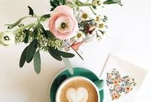 Coffee and Flowers / Two of my favorite loves- coffee and flowers creates a beautifully caffeinated pair! Gorgeous styling and cozy feels in this space!