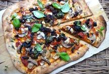 Meatless Menu: Pizza Party / Veggie-fy your pizza pie for Meatless Monday with these tips and recipes.