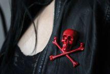Gothic, Grunge, Rock (...) / by Elisabeth Millet