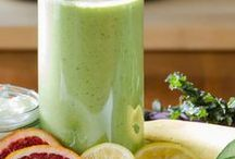 Clean Eating Green Smoothies / This board has green smoothie recipes for health and wellness. Smoothies with greens that are vegan, dairy-free, and paleo-friendly. Green smoothie, detox smoothie, smoothie cleanse, smoothie for weight loss, vegan smoothie, smoothie bowls, paleo smoothies.