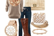 Dress me like this / Fashion I wish were hanging in my closet / by Melissa Spivey