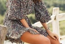 Fashion Foward / by Allie Lesser