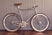 Bikes & Bike Stuff / by Leslie Docherty
