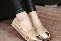 Zapatos geniales y relajados / Zapatos que yo, definitivamente, utilizaría. :)