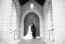 St. Andrews Episcopal | Fort Worth / St. Andrews Episcopal church in downtown Fort Worth, Texas.  Wedding ceremony photo ideas.  Photography of bride and groom and the bridal party outside e chapel.