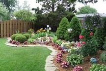 Dreaming of a Beautiful yard / Relaxing and Beautiful yard spaces  / by Daynelle Rowe